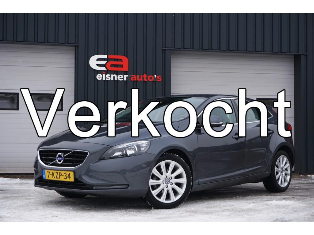 Volvo V40 1.6 D2 Momentum | CAMERA | ECC | NAVI |