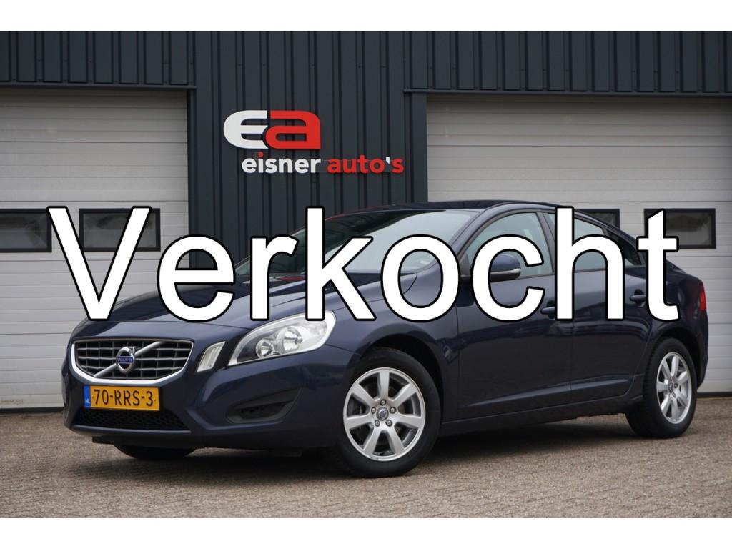 Volvo S60 1.6 T4 180 PK AUTOMAAT | NAVI | ECC | TREKHAAK