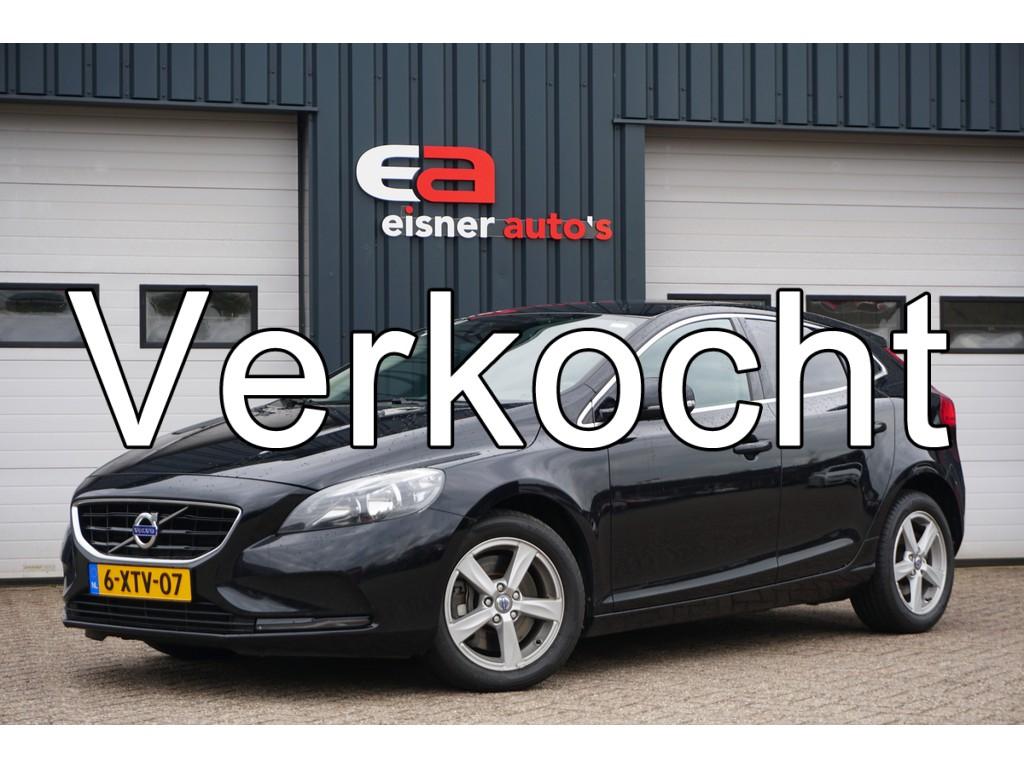 Volvo V40 2.0 D4 Momentum Business | TREKHAAK | NAVI | ECC |