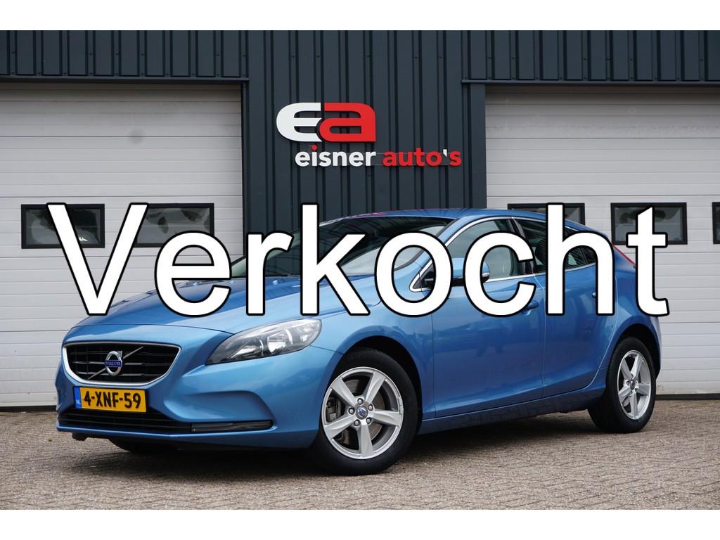 Volvo V40 2.0 D4 190 PK Momentum Business | NAVI | ECC |