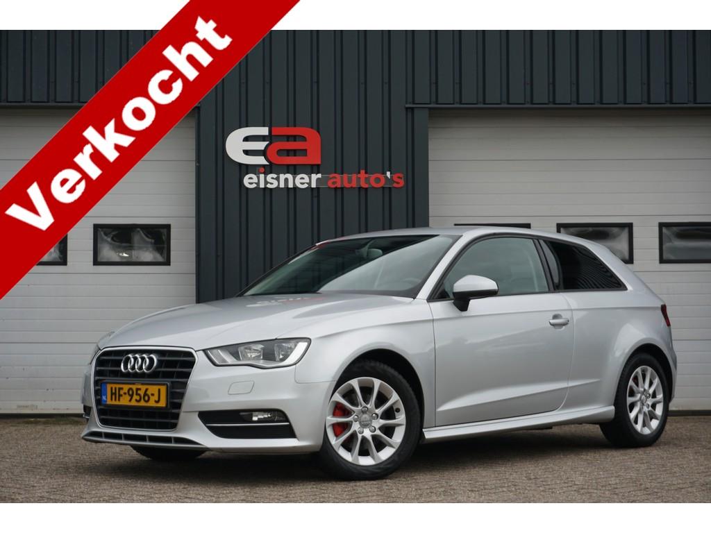 Audi A3 1.6 TDI ultra Attraction Pro Line | STOELVERWARMING | ECC | NAVI